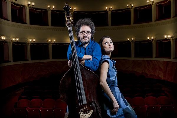 MUSICA NUDA con PETRA MAGONI & FERRUCCIO SPINETTI